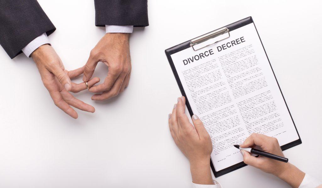 divorce attorney cost